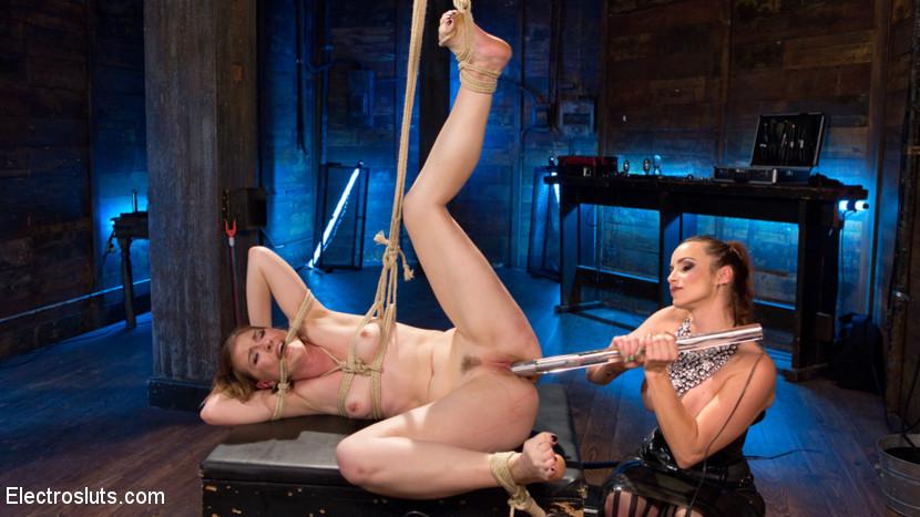 Ella Nova, Bella Rossi - Секс игрушки - Порно галерея № 3511525