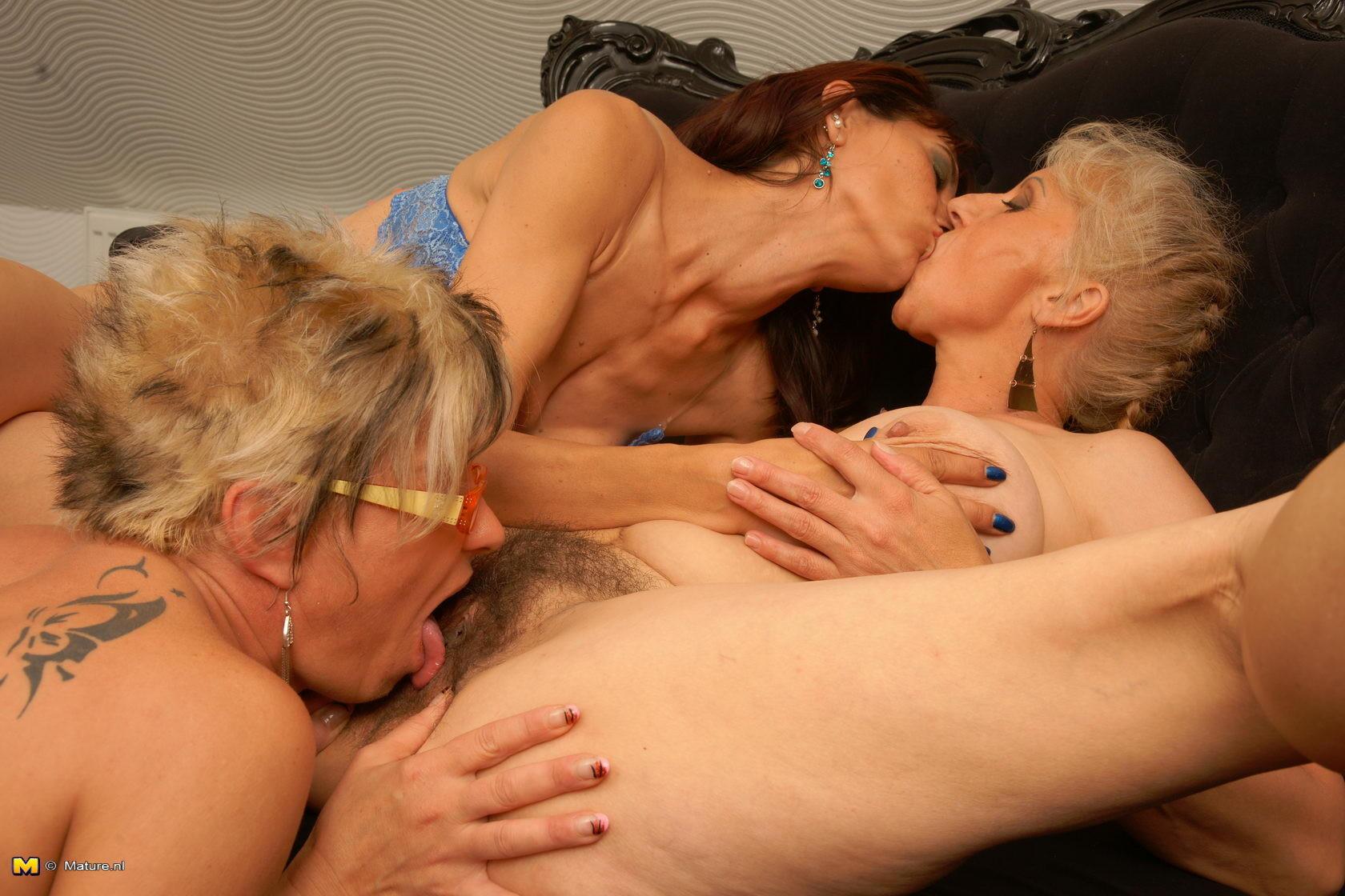 Порно с волосатыми женщинами на SexZima.Net