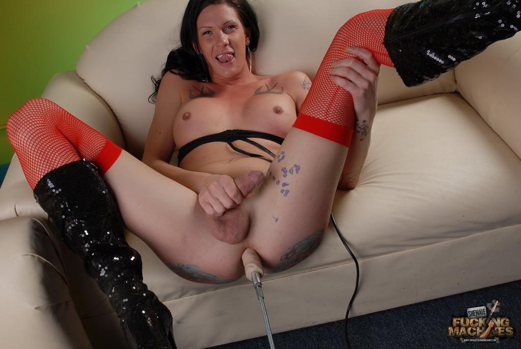 Транса Morgan Bailey ебет секс машина