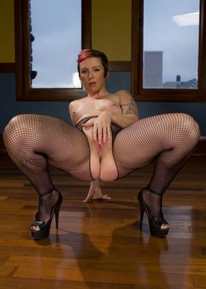 Lorelei Lee, Tina Horn, Alyssa Branch - Фистинг - Порно галерея № 3340609