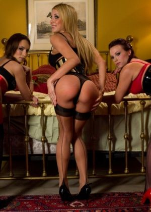 Amber Rayne, James Deen, Amy Brooke, Alysa - Фистинг - Порно галерея № 3296901