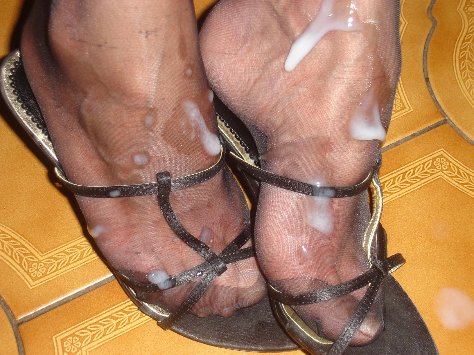 sperma-v-obuv