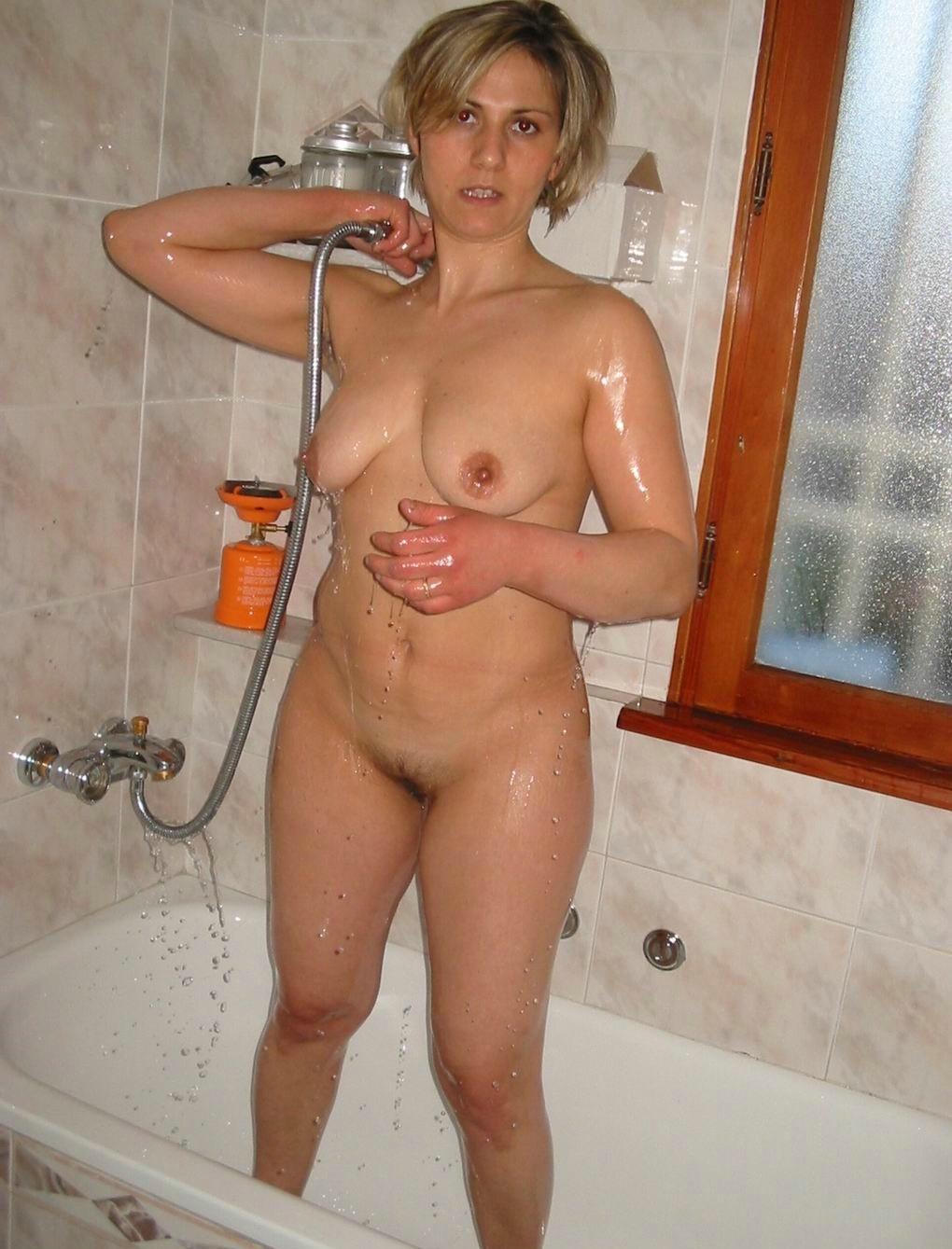 Голые женщины в ванной - подборка 007