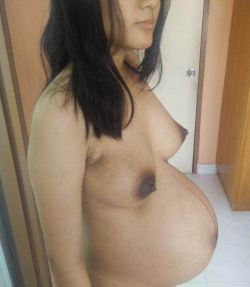 Эротика с беременными женами - подборка 010