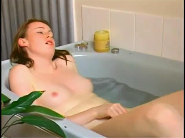 yarkiy-orgazm-masturbatsiey