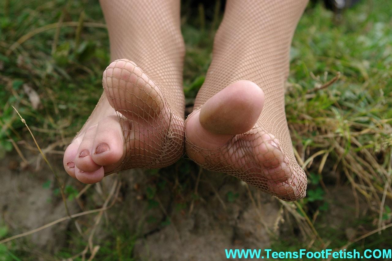 Ножки и ступни девушки - сет 005