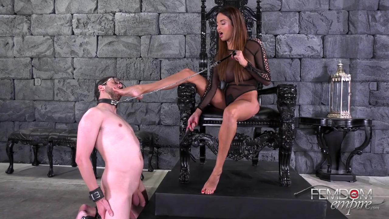 Девушка доминирует над мужчиной видео 15